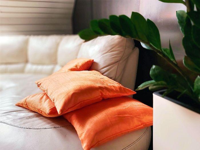 sofa 700
